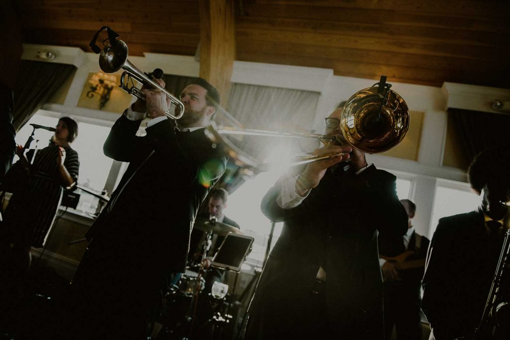 brian kirk and the jerks play at bonnet island wedding reception