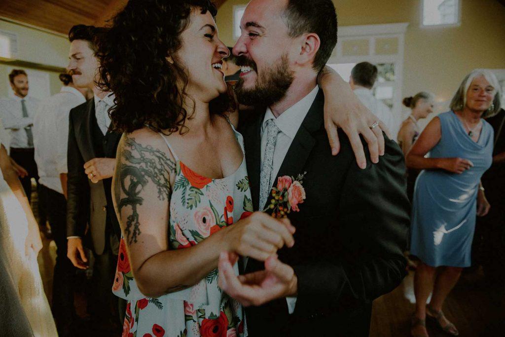 dancing moments at bonnet island wedding